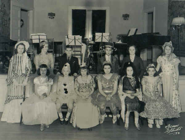 Century Club Costume Dance, 1938; Photo courtesy of Janet Andrews Moulder