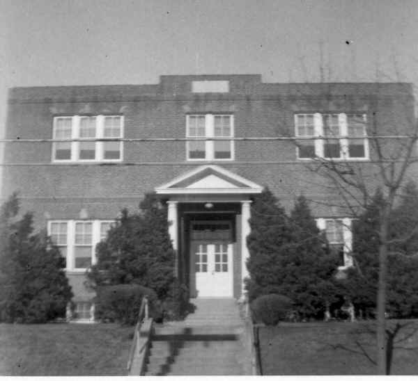 Parkside Elementary School; Photo courtesy of Ralph L. Hall